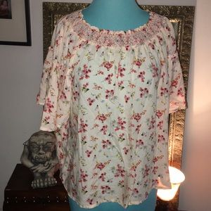 NWT GAP flowing top small